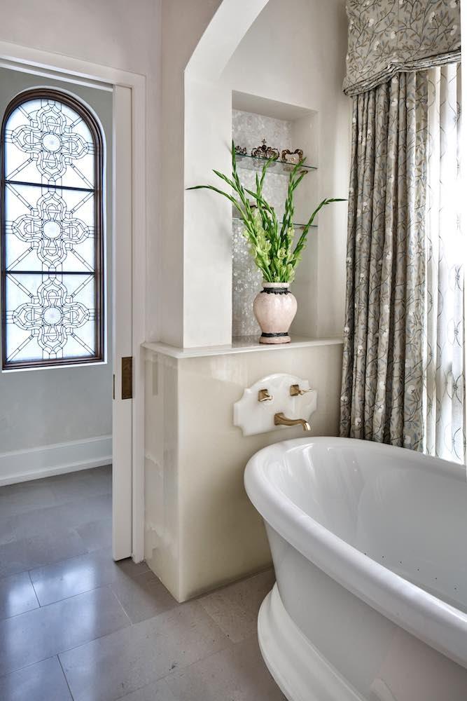 European plaster finish in master bath, Paper Moon Painting, San Antonio plaster installer