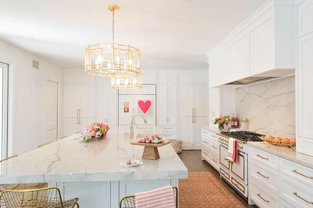 White Kitchen Cabinet Painting, Benjamin Moore OC 149 Aka CC 20 Decoratoru0027s  White